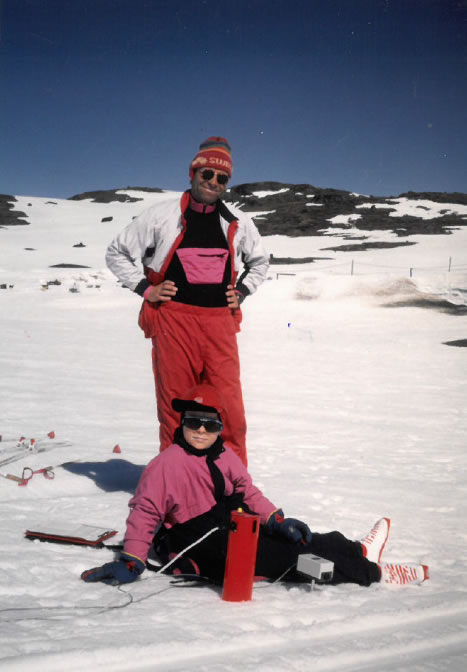 Leif and son Eirik take a break at the Sognefjellet ski area while Swix was doing some springtime testing of their first HF (high fluro) waxes. Courtesy of Harald Bjerke