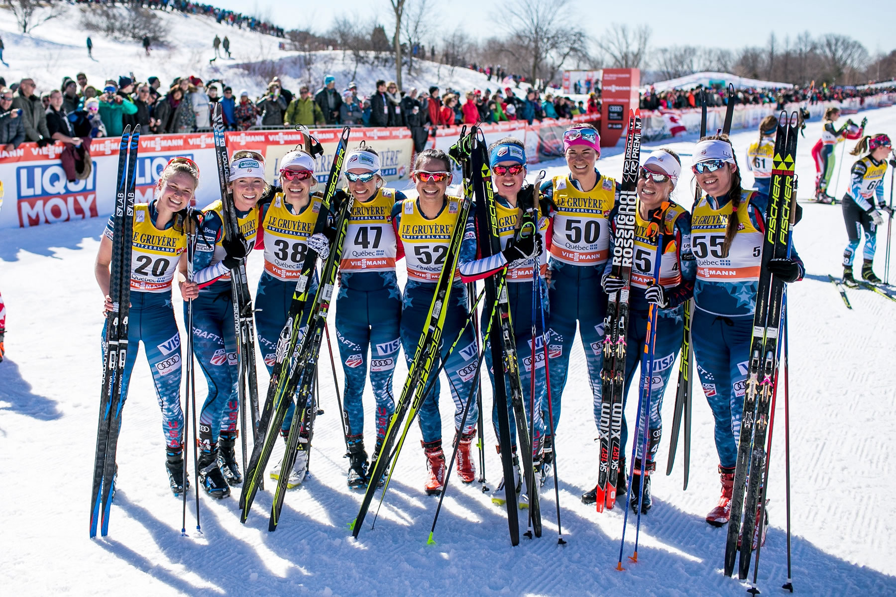 Much of the U.S. girls squad. [Photo] Gretchen Powers